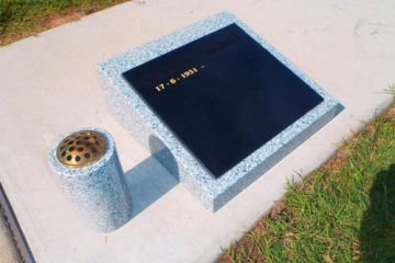 Basic-Grey-lay-down-Granite-headstone-vase-500x